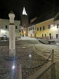 Pręgierz na Małym Rynku (fot. Andrzej Rusak)
