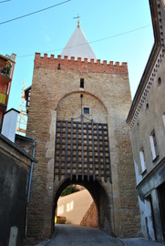 XIV wieczna Brama Wodna po remoncie