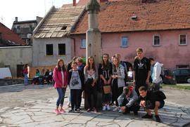 Zwiedzanie Bystrzycy_Młodzież z ZSO Gimnazjum w Bystrzycy